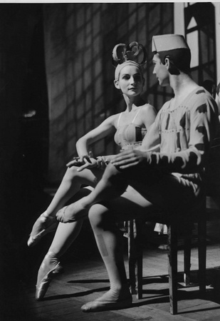Agon (1959). Photo: Roger Wood. Image courtesy Royal Opera House Collections (www.rohcollections.org.uk)