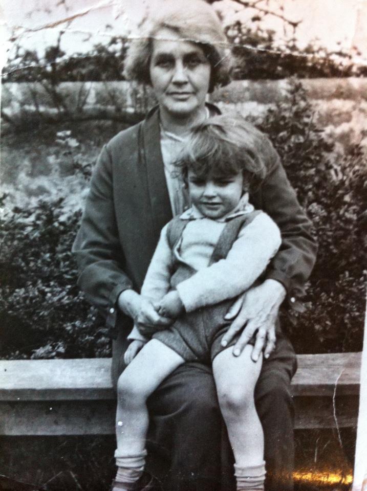 Edith Shreeve MacMillan and Kenneth MacMillan circa 1932