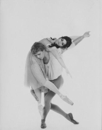 Lynn Seymour and Christopher Gable ©Roy Round