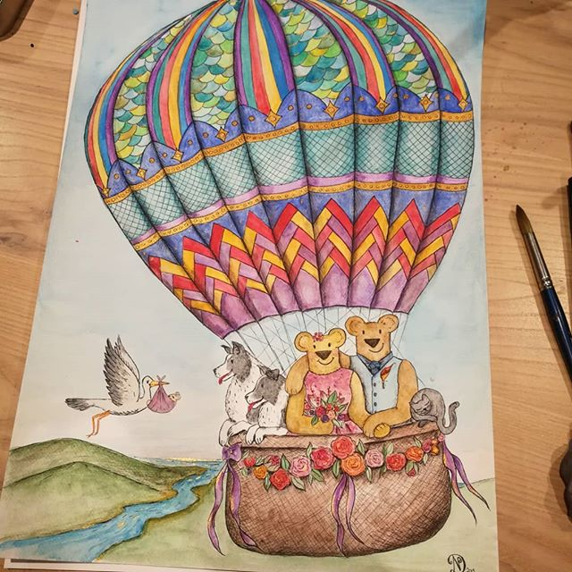 It has been a pleasure working on this special commission. The client had asked for a reworking of our balloon trip piece to depict their family in illustration form, including pets of course and with new baby on the way. I've added in specific details just for them, and been really happy with how it's turned out especially all the lovely bright colours. 😁😊 Hopefully it will make a lovely nursery piece for them 🥰😁😘