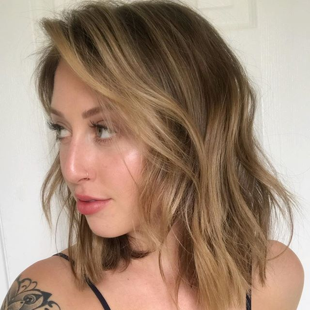 Clients leave so happy , they take selfies at home and show us how much great their hair looks even weeks after their salon visit 😉 #balayageombre #balayage #hairstyles #highlights #goldenblonde #longbob #shorthair #Hairsalonsantamonica