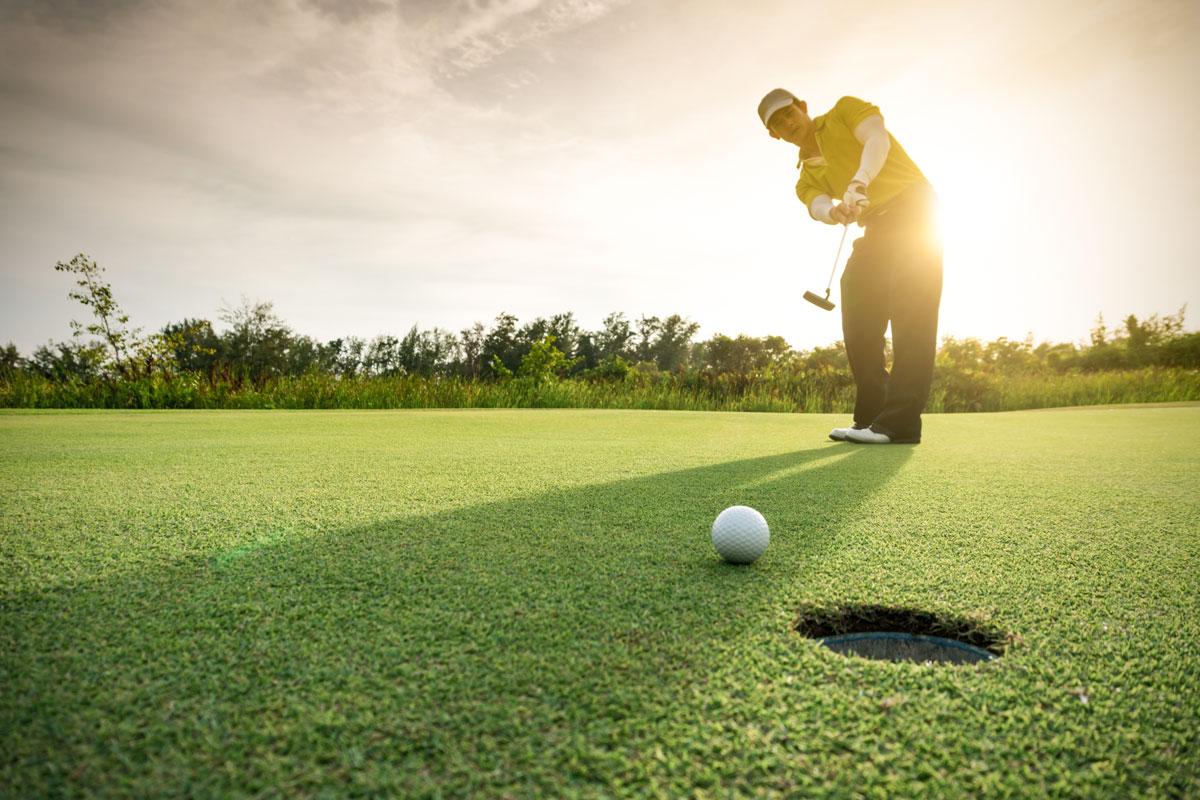 Golfbane kun få minutter unna.