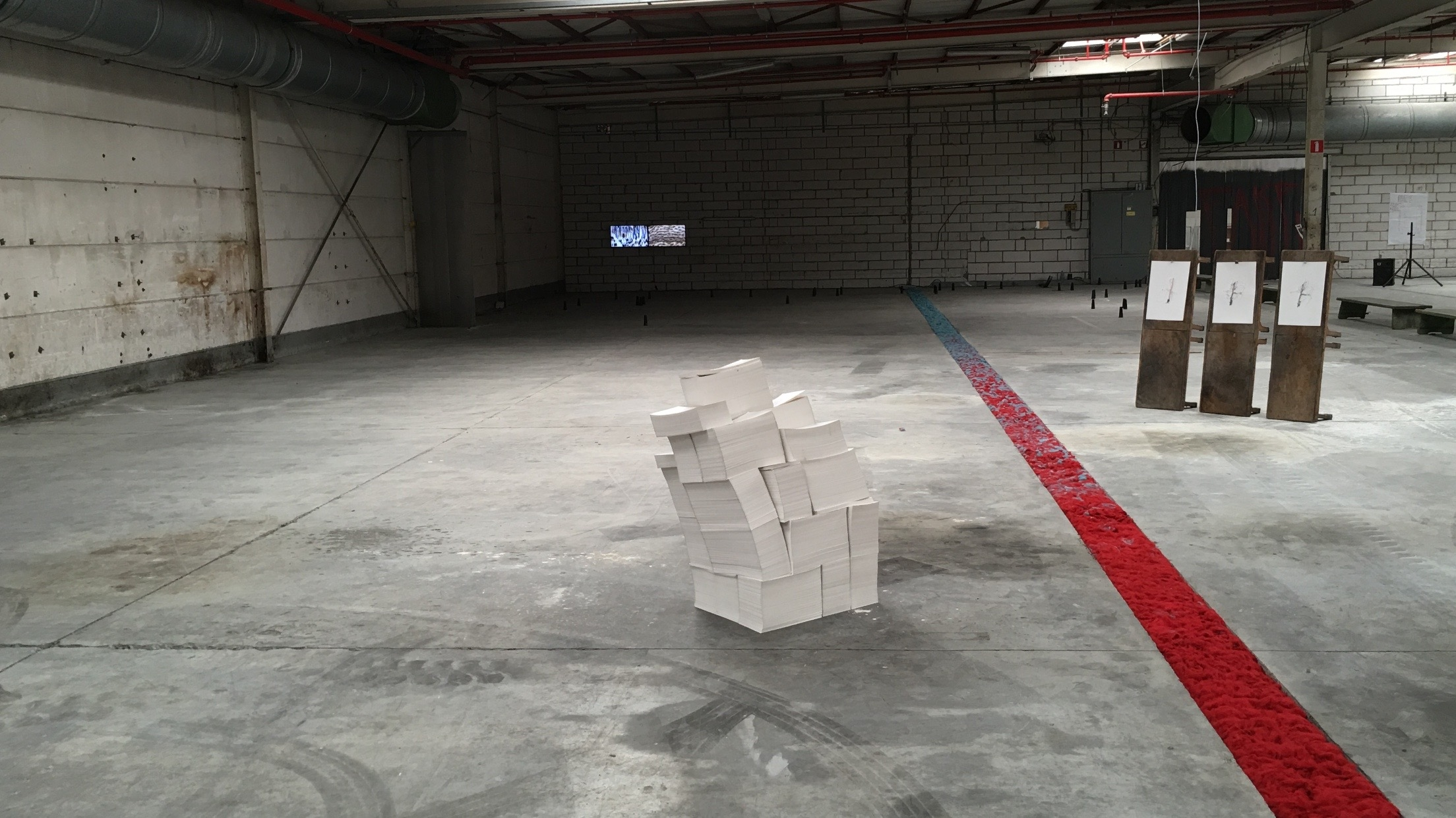 Work Week.o , Various Artists, installation view, Tyber.nv, Menen 2016