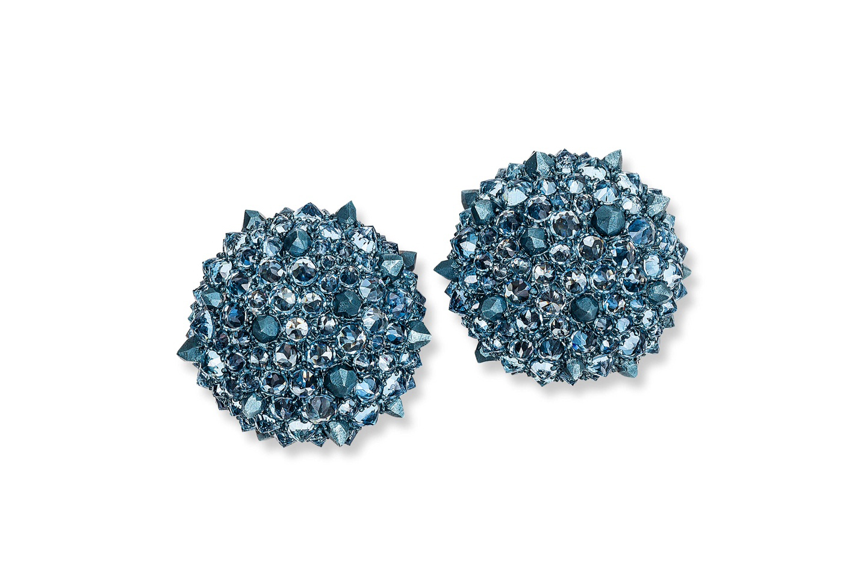 Hemmerle-earrings_-aluminium_-white-gold_-aquamarines_-0036.jpg