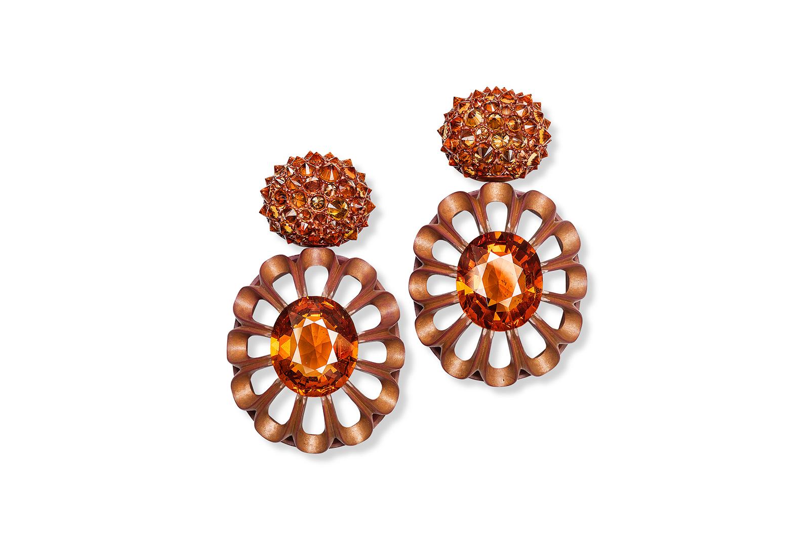 Hemmerle-earrings_-sapphires_-spessatite-garnets_-copper-and-white-gold-0704.jpg
