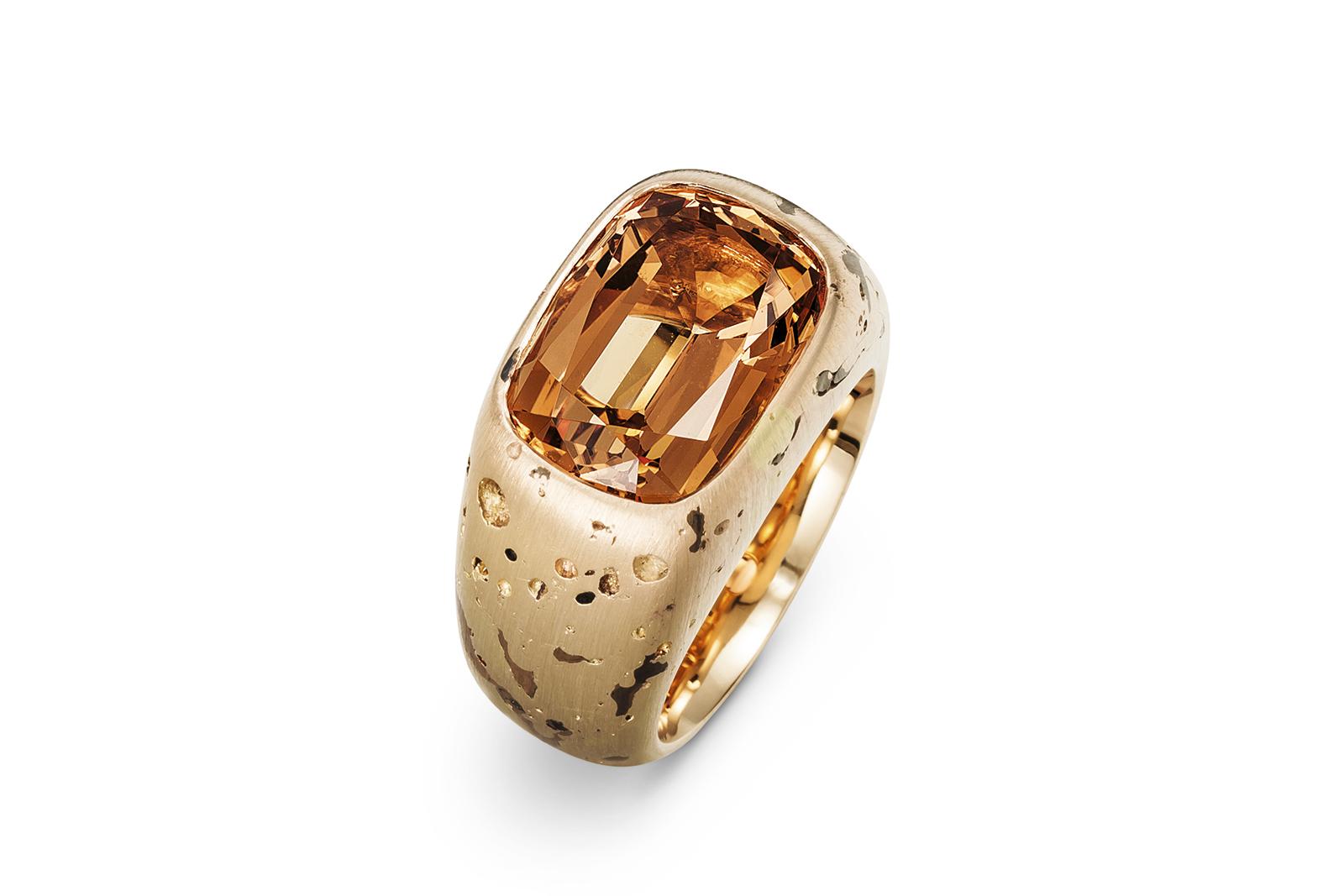 Hemmerle-ring_-topaz_-pink-gold_-0394_14.jpg