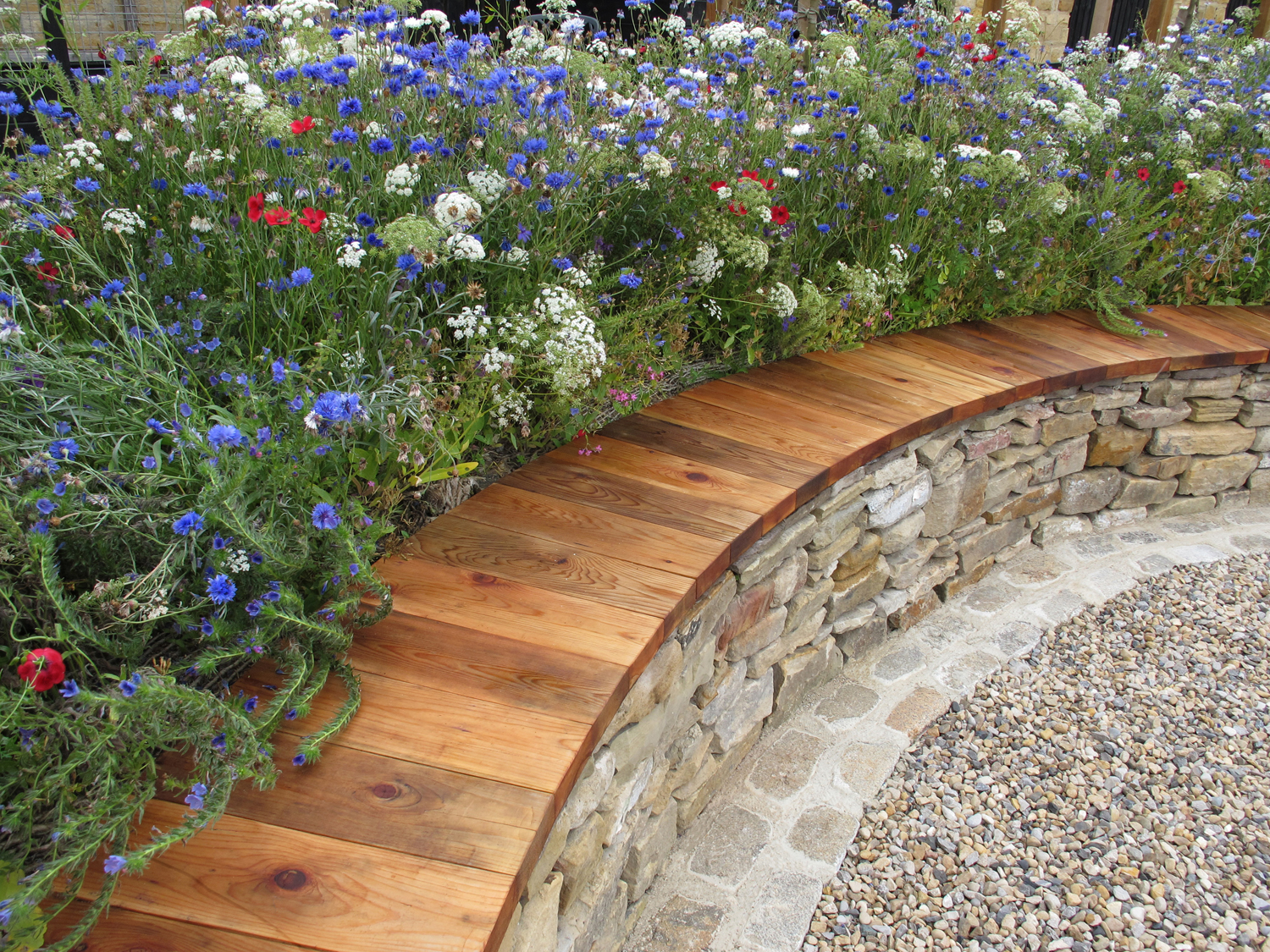 Dry Stone Bench, Eves & Lewis Landscape Design