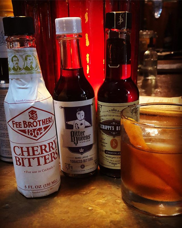 @Daveythebeernerd is rocking Friday Happy Hour Old Fashioneds tonight with an extra kick of bitters including Cherry, Mole, Pecan, Coffee and as always, the OG! If you can't make it in on Friday, he'll be here all weekend!  Fri 5-9, Sat 2-8, Sun 1-5!