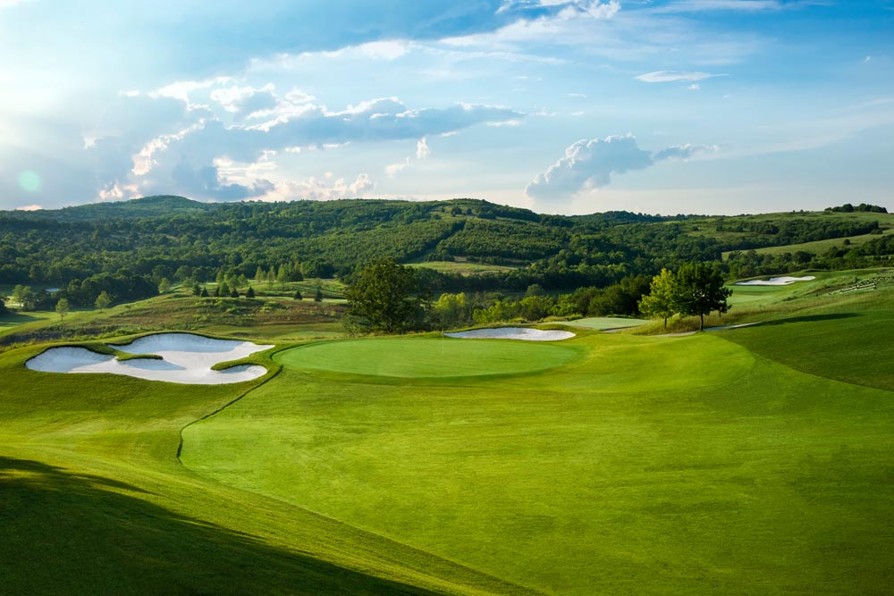 THOUSAND HILLS GOLF COURSE - Click button below to sign up for a tee time.