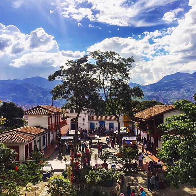 Medellín and Guatapé are nothing short of tropical and beautiful. Definitely have to make it back to Colombia though - so much more to see! ☀️ @luiscbrum
