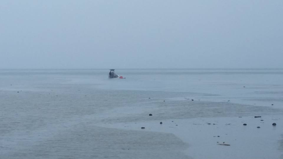Curasub being towed by the Jonniboy (topside support boat).