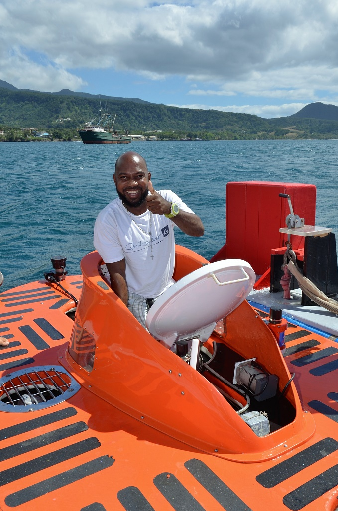 Fabien giving a thumbs up to an amazing dive to 855ft!