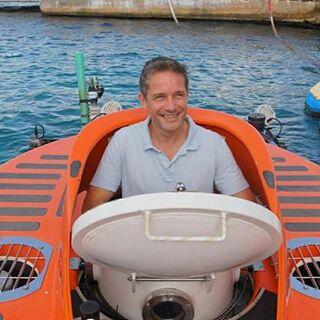 Fabien Cousteau... exploring the unknown depths of the Curacao reefs near the Curacao Sea Aquarium