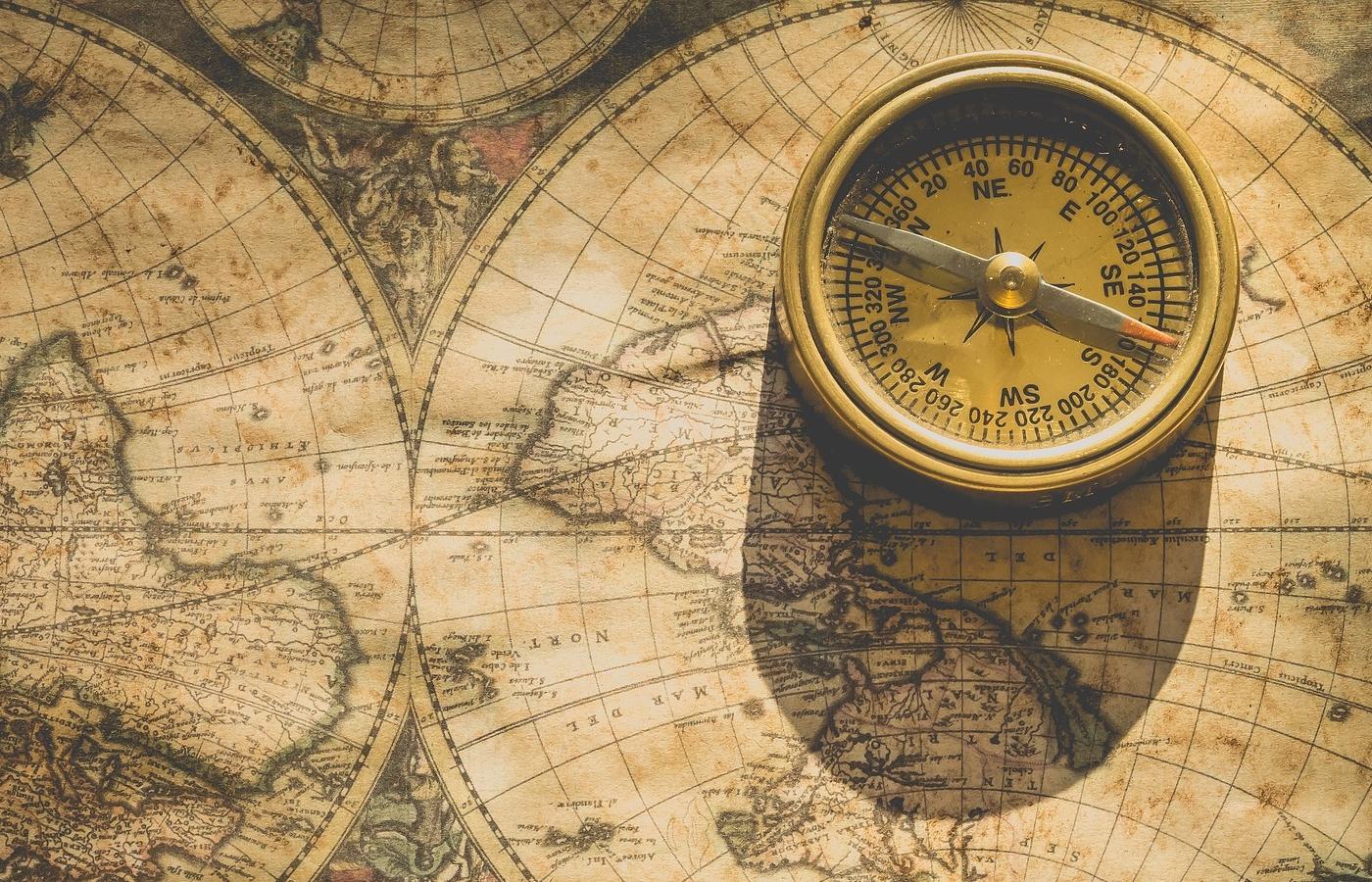 compass-2946959_1920.jpg