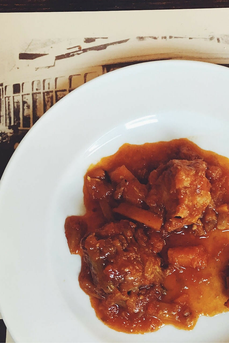 What to eat in Rome. Coda all vacinara. Oxtail. Italian food. Rome. Eating in Rome