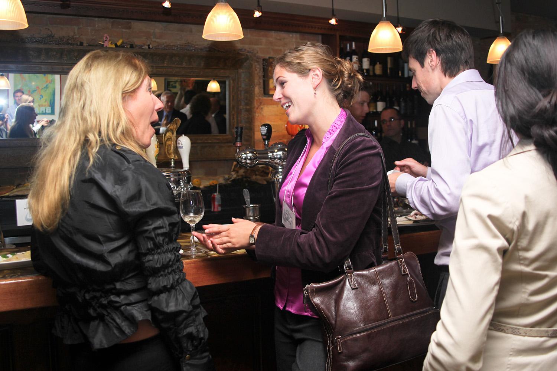 Talking-at-the-bar.jpg