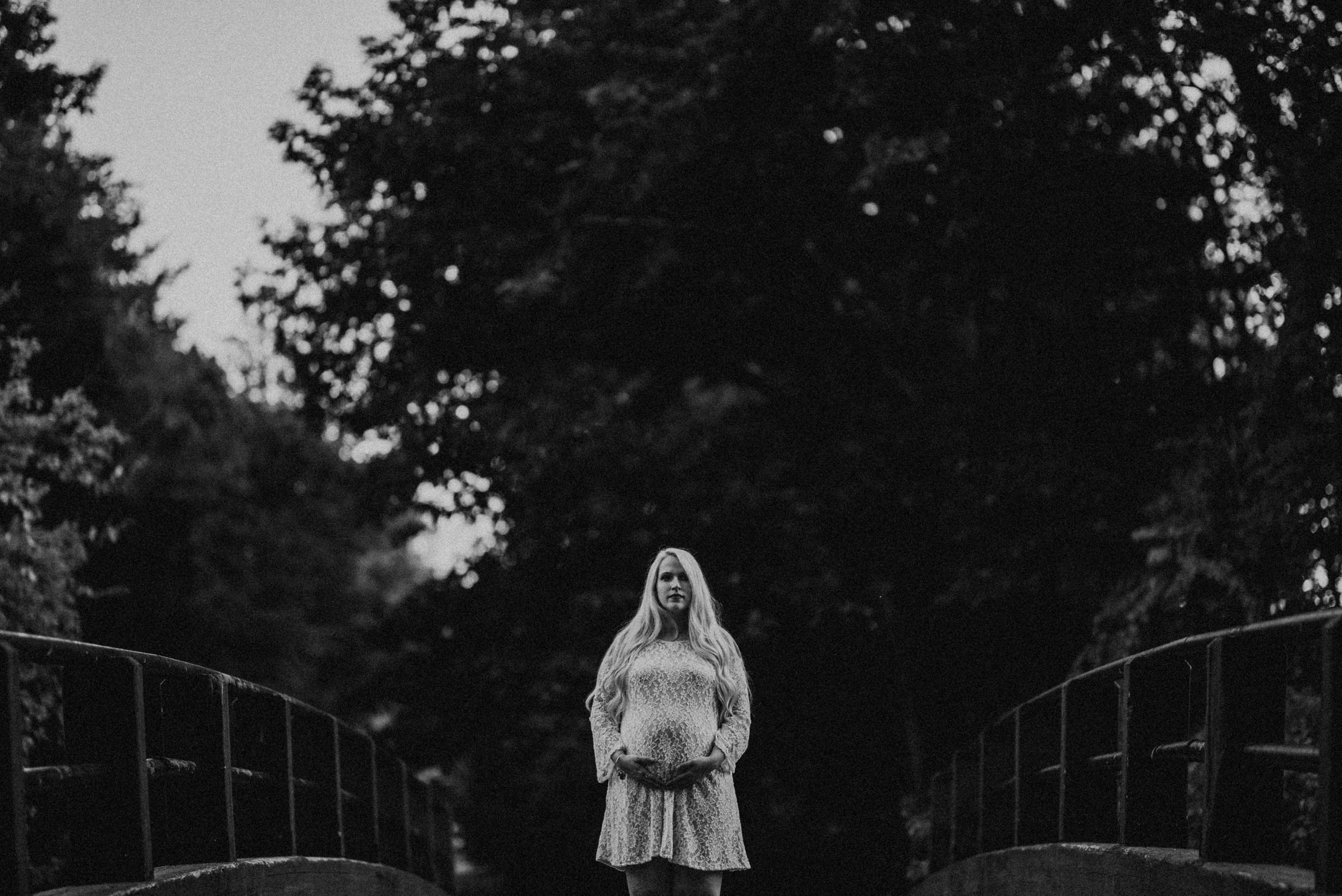 whimsical maternity session - vanessa alves photography - new england wedding photographers 12.jpg