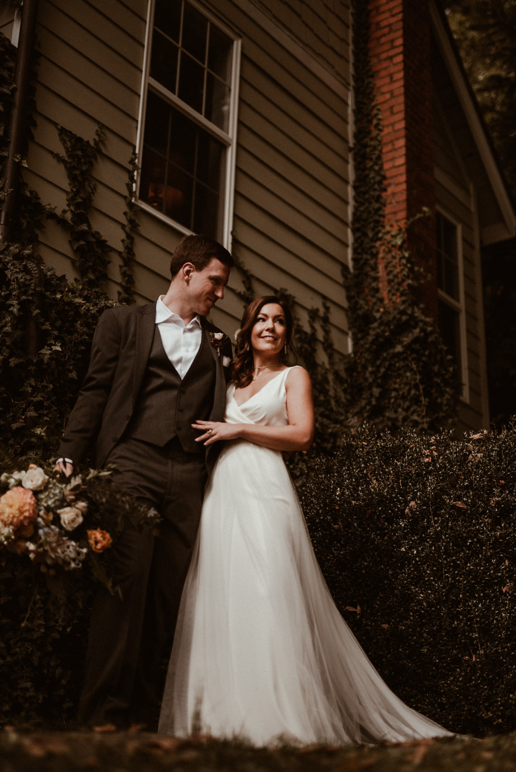 north-carolina-fall-vineyard-wedding-vanessaalvesphotography-41.jpg