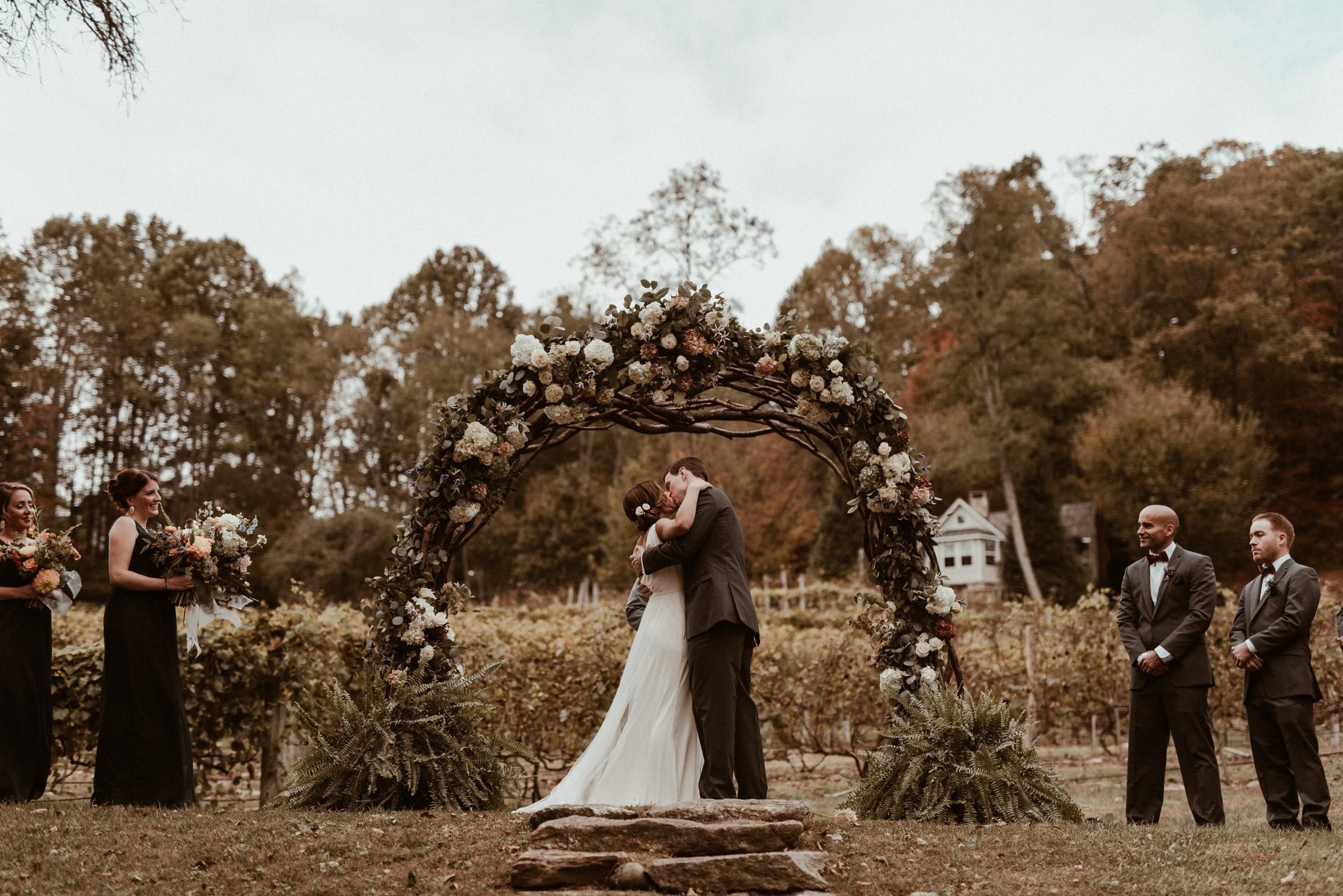 north-carolina-fall-vineyard-wedding-vanessaalvesphotography-76.jpg
