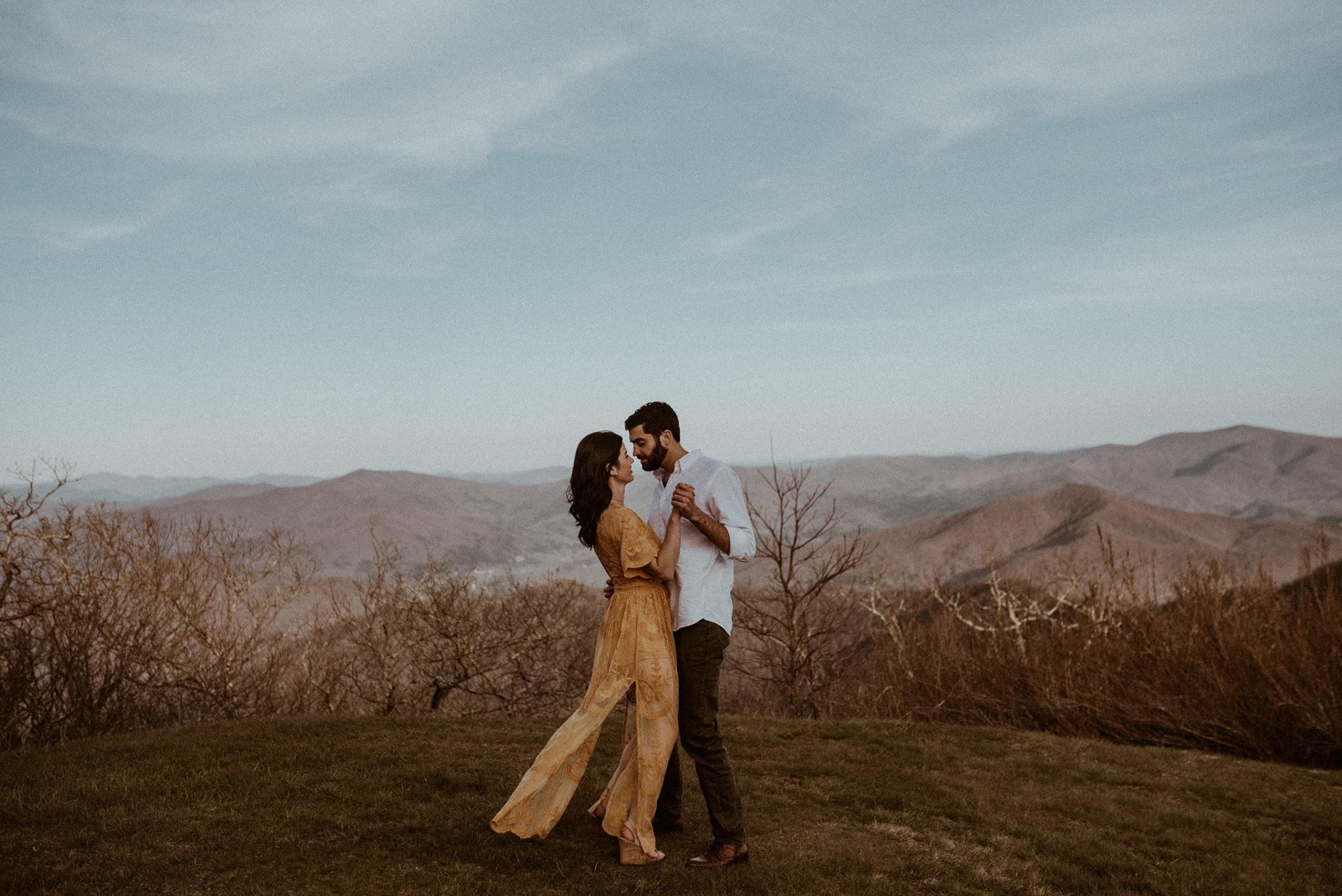 033118 - brittnee+ryan session-64-blue-ridge-moutains-engagement-brasstown-bald-wedding.jpg