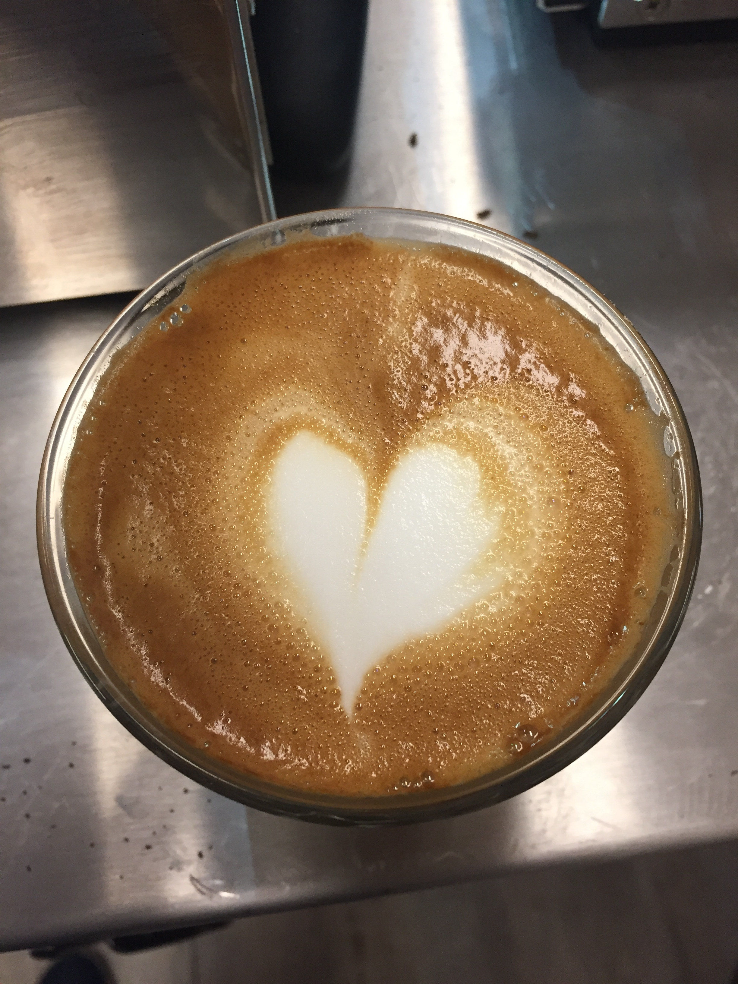 Progression latte art pour la Saint-Valentin