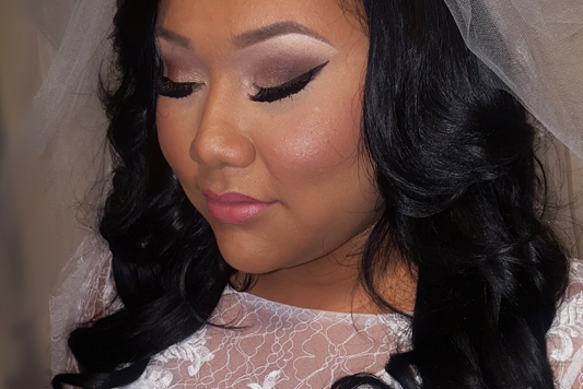 Review from Cindy for hair and makeup artists on wedding hair and makeup services
