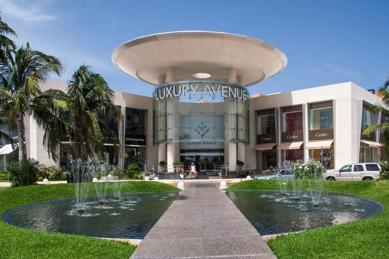 Luxury Avenue Cancun.jpg