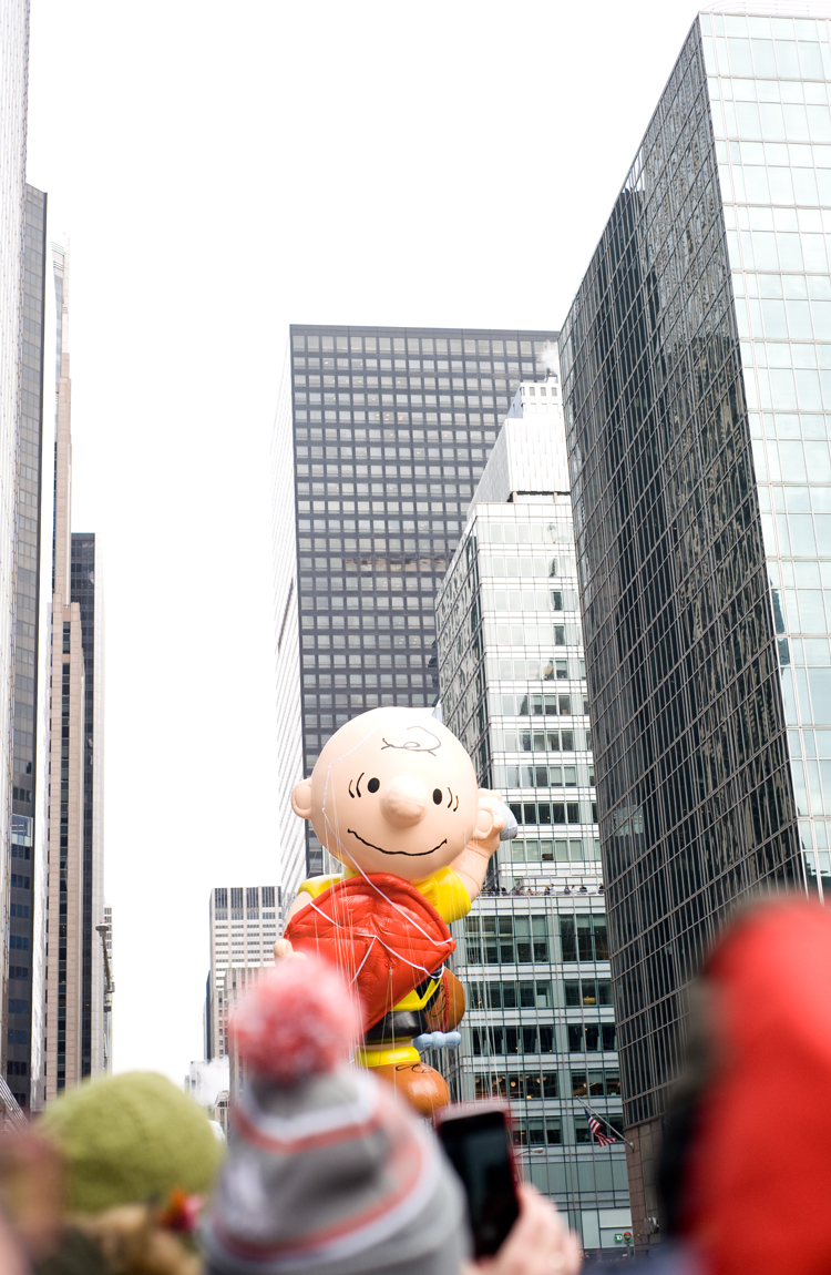 macy-day-parade-elah-tree-style-08.jpg