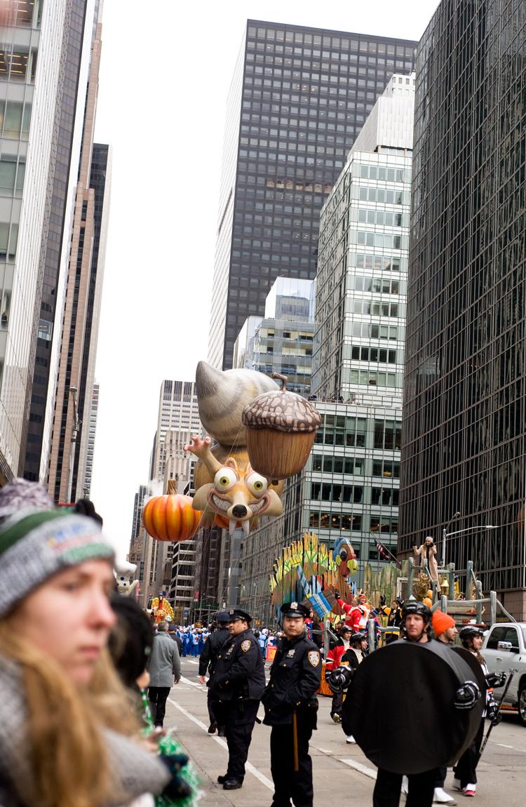 macy-day-parade-elah-tree-style-13.jpg