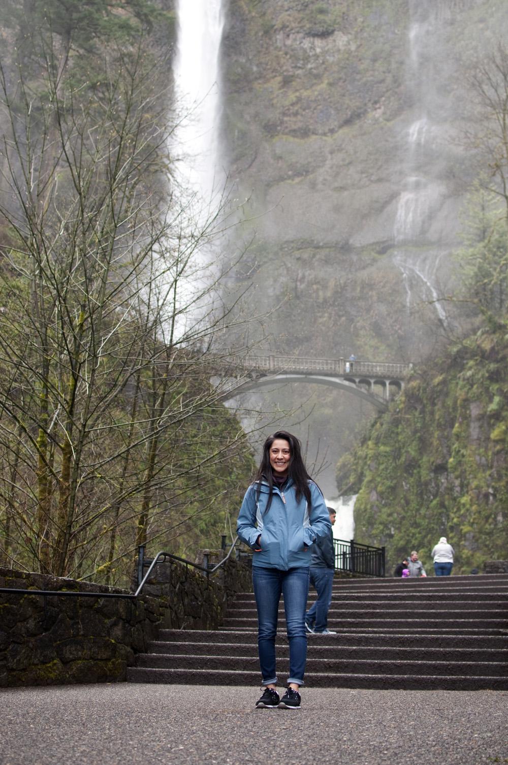 Portland-Multnomah-Falls_04.jpg