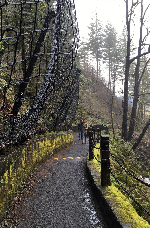 Portland-Multnomah-Falls-35.jpg