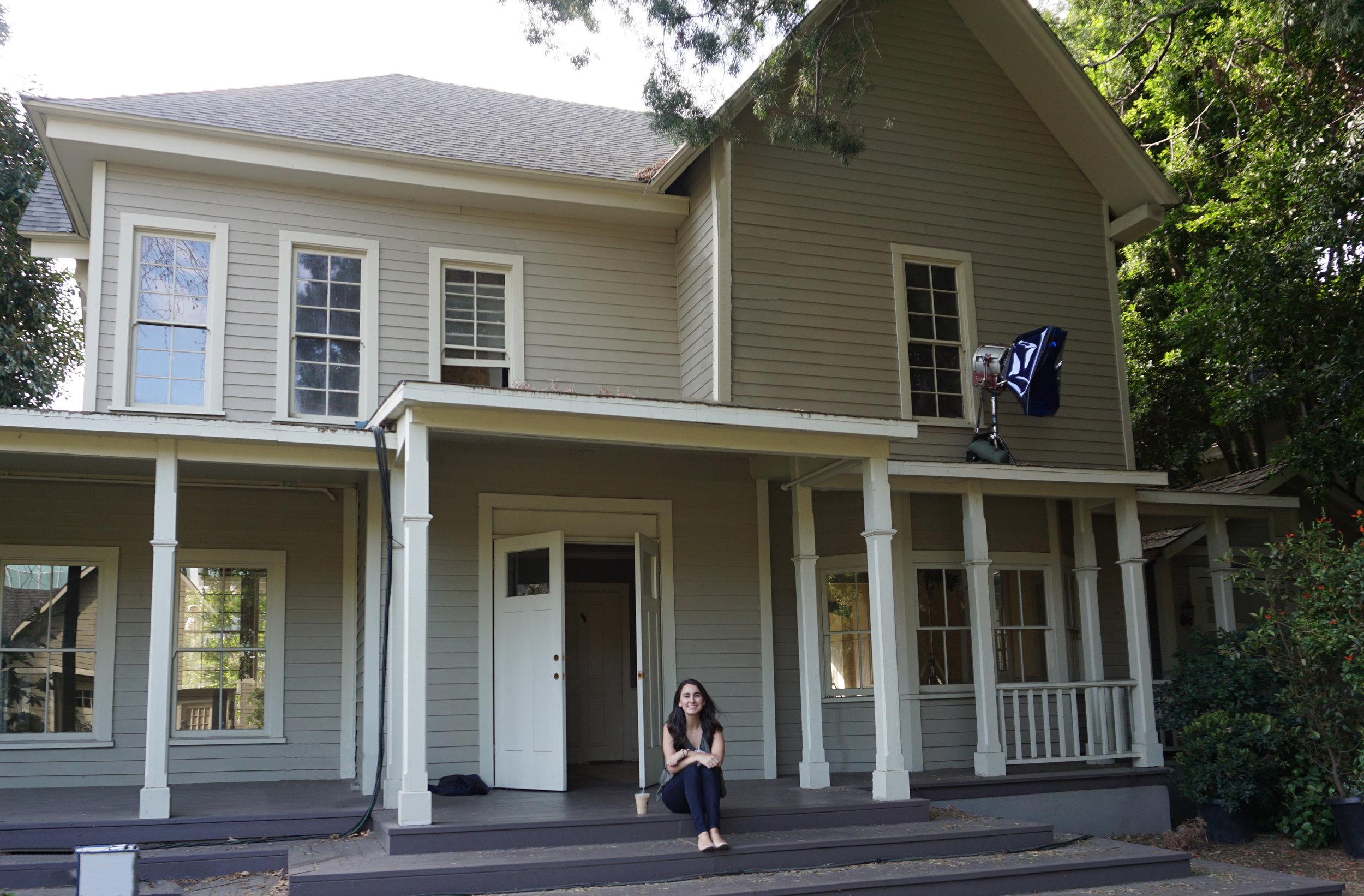 Lorelai's House - AVintageJoy