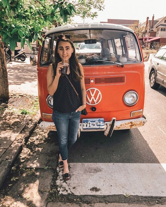 VW Busses are always my favorite car finds out in the wild! There's just something about them that feels free and adventurous that I love! . Ready for this warm weather to stay and for summer adventures in the sun! 🙌🏻 ☀️ ...obviously including coffee! . Oh and happy June 3rd to you #gilmoregirls fans out there!
