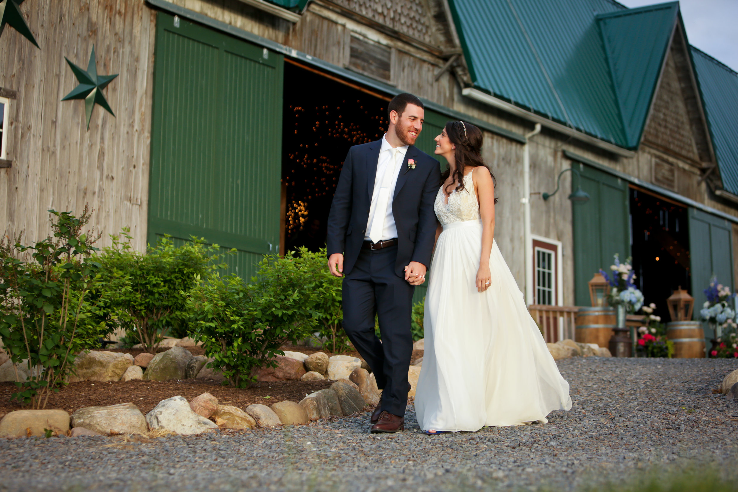 Perfect venue for bride and groom portraits.