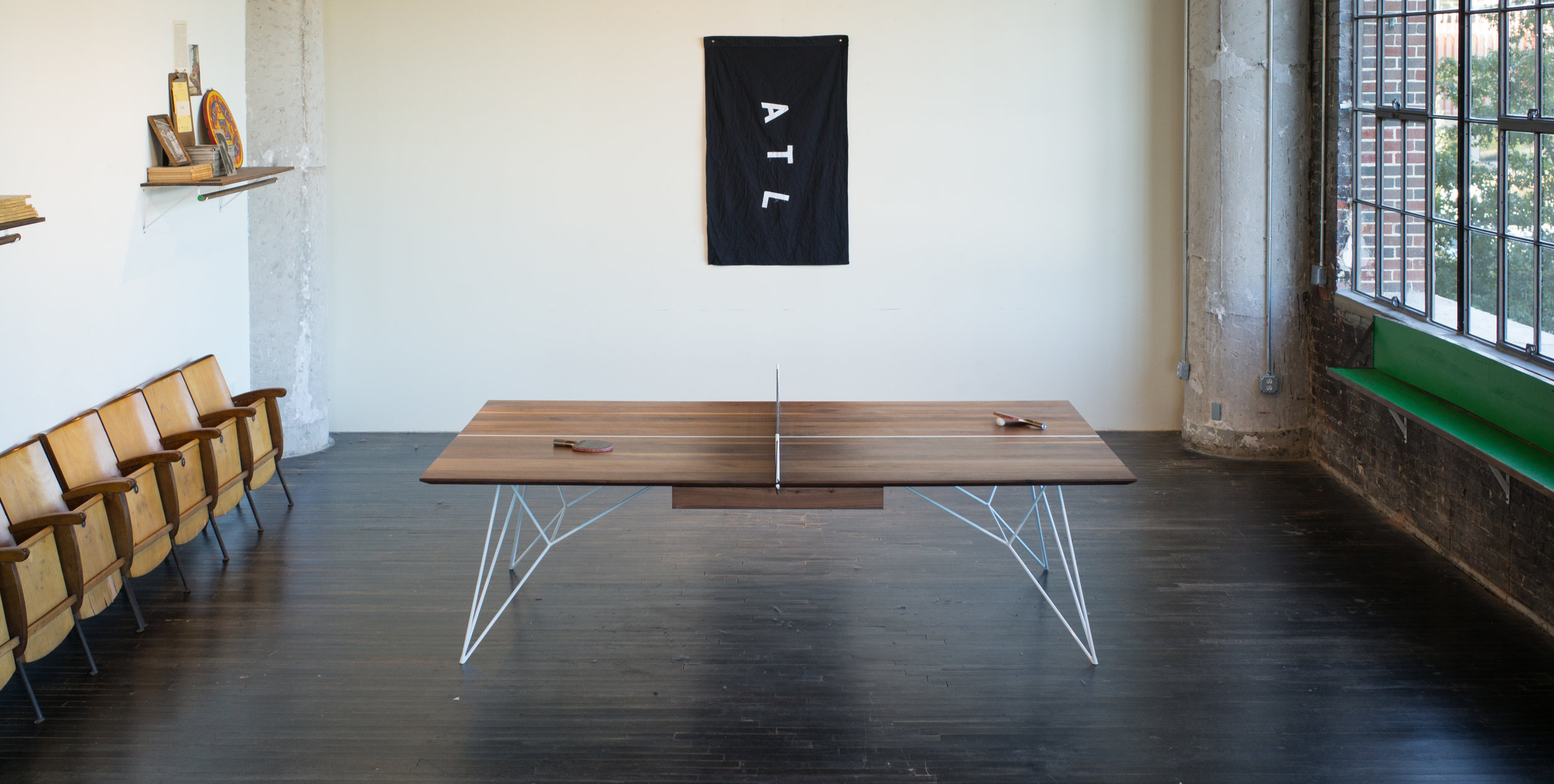 GRAVITY  PING PONG TABLE