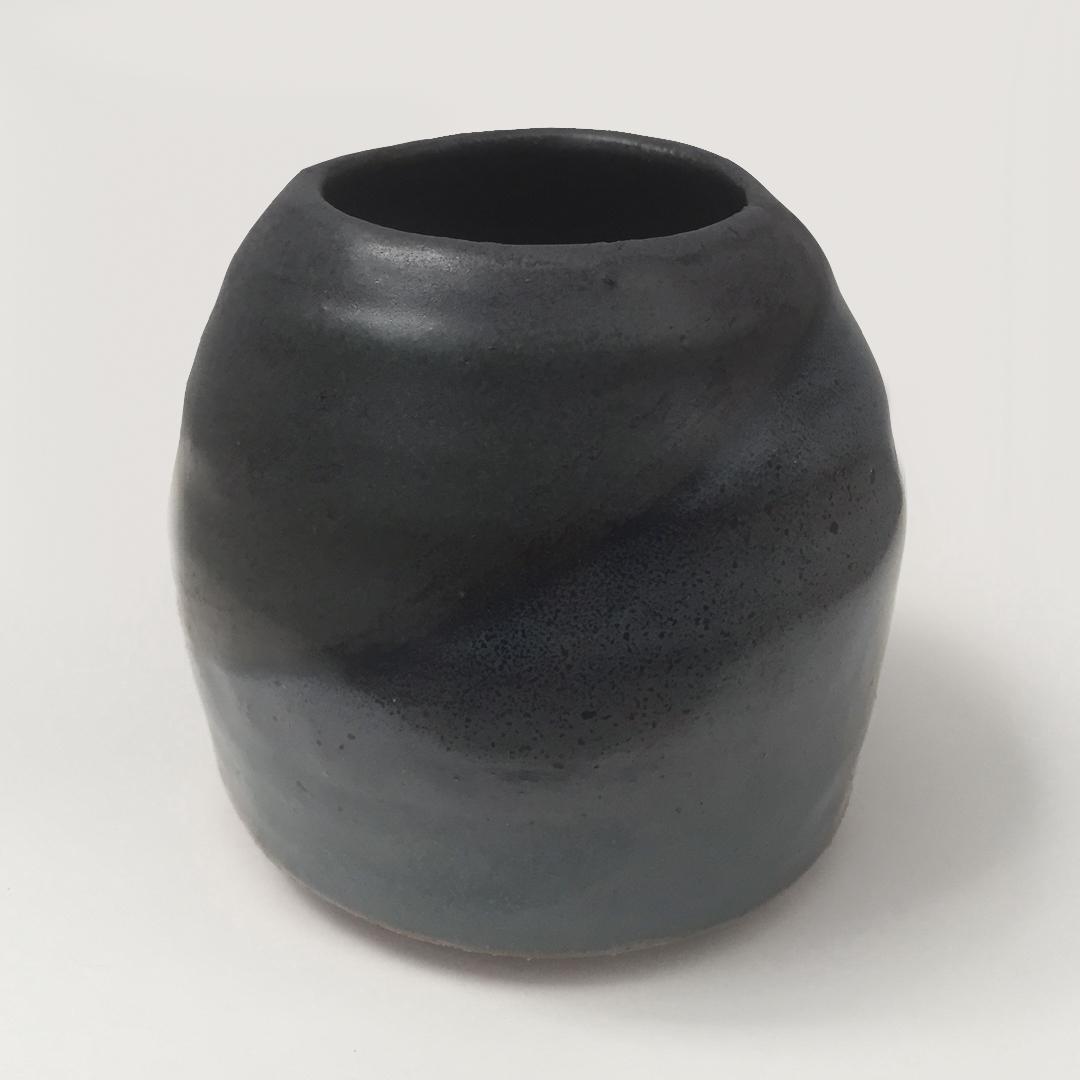 _Black Pot with blue.jpg