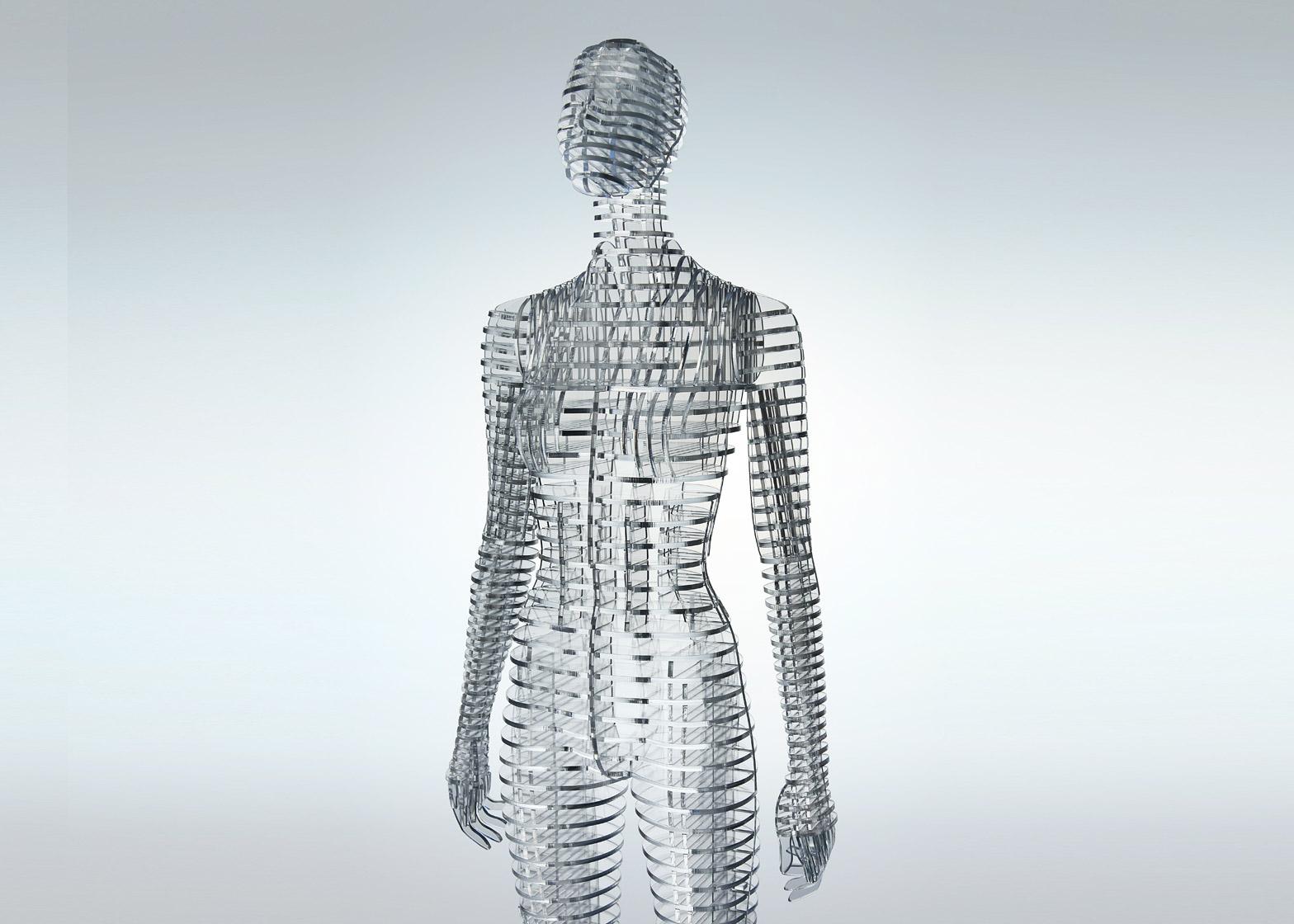 transparent-body-installation-tokujin-yoshioka-issey-miyake-exhibition-tokyp-japan_dezeen_1568_2.jpg