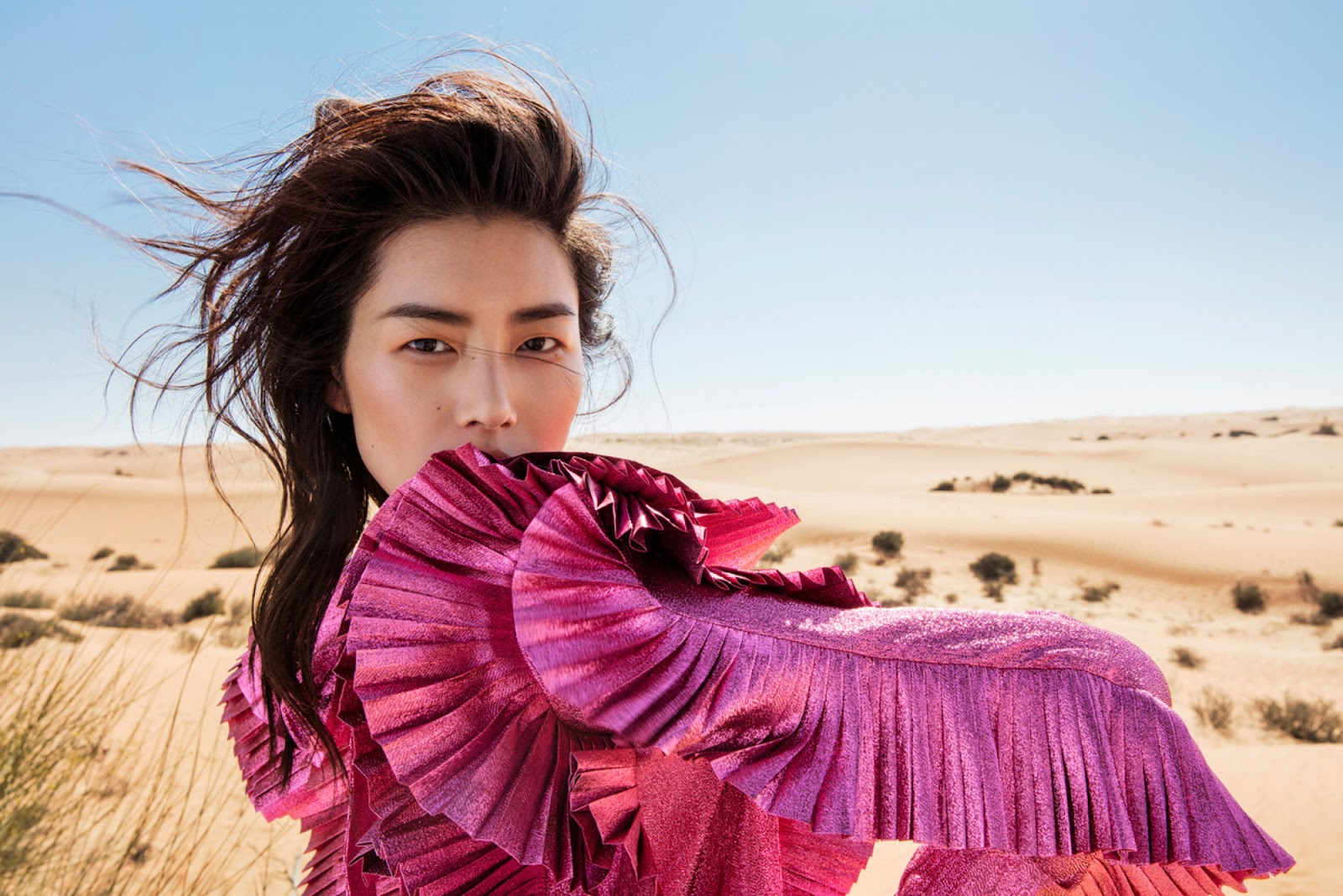 Elle China March 2017 - 08.jpg