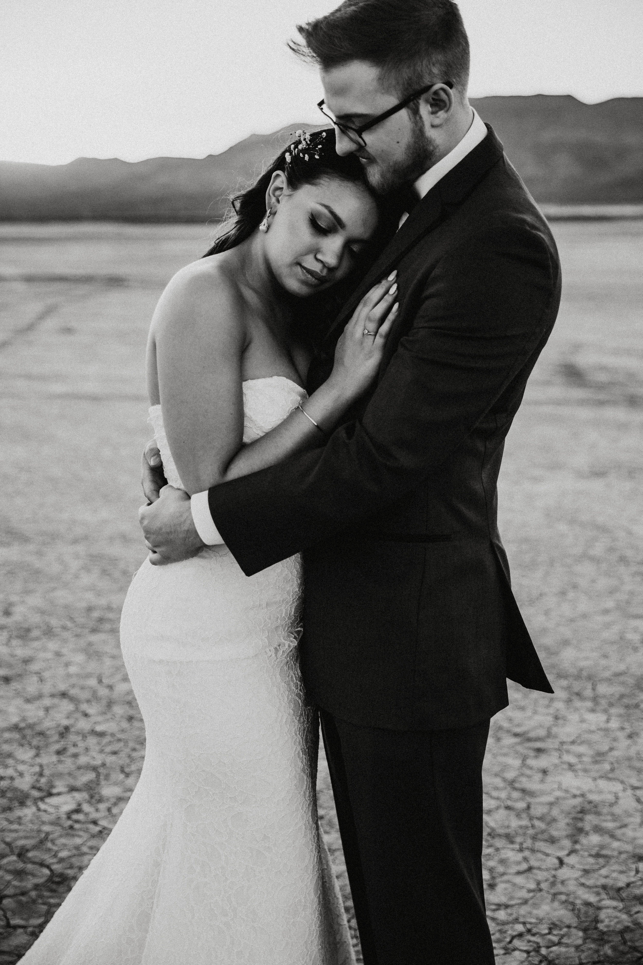 Jessica + Daniel - Las Vegas Wedding Photography - Seattle Wedding Photographer - PNW Wedding Photographer - First Look - Portrait Session