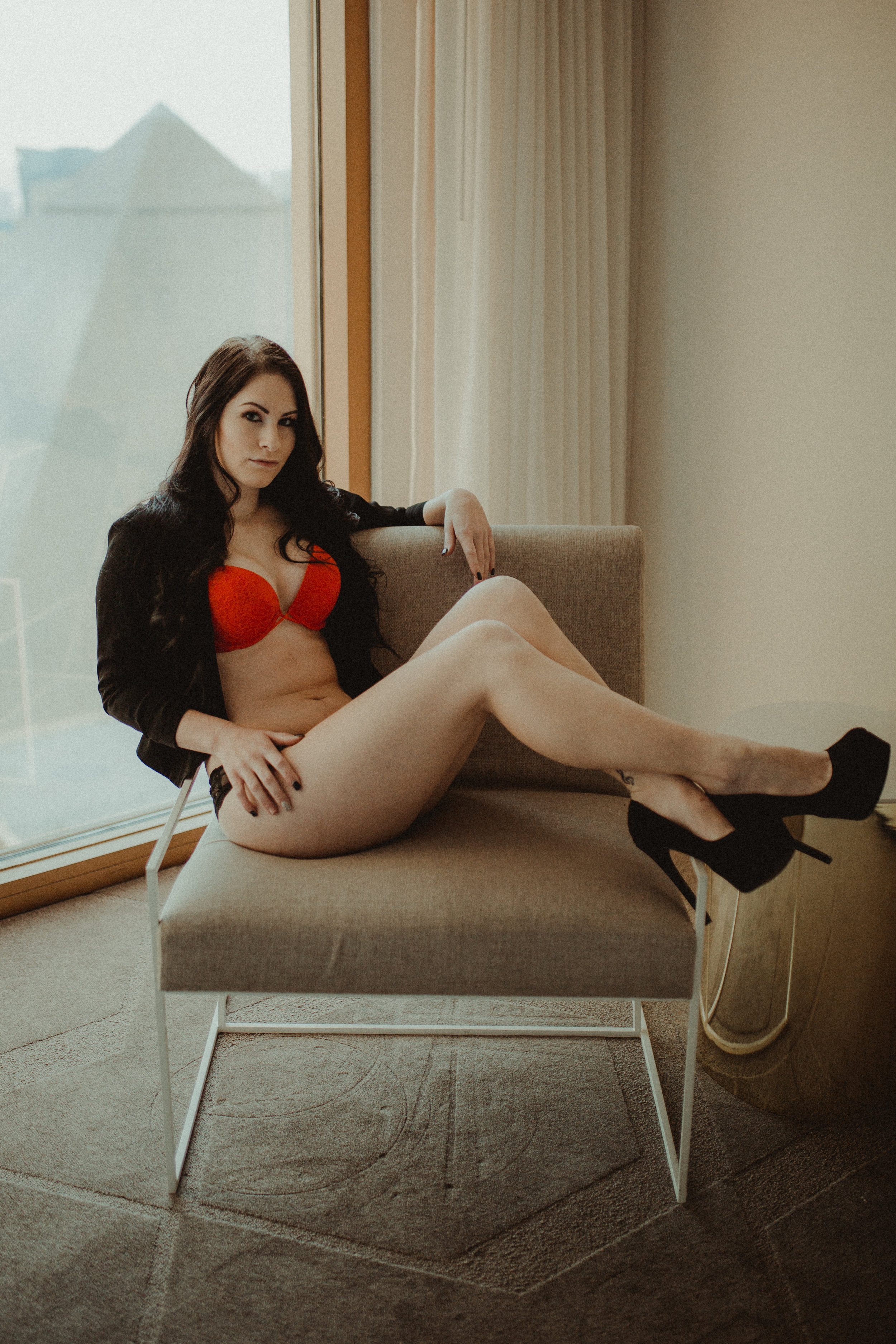 Seattle Boudoir Photographer - Las Vegas Boudoir Photography - Portland Boudoir Photographer - Tasteful Boudoir - Seattle Photographer - PNW Photographer - Confidence - Empowerment