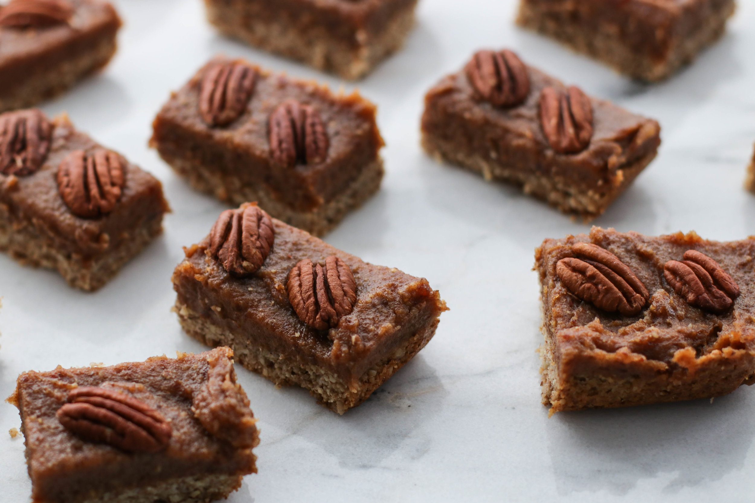 Pecan Pie Shortbread Bars 3.jpg