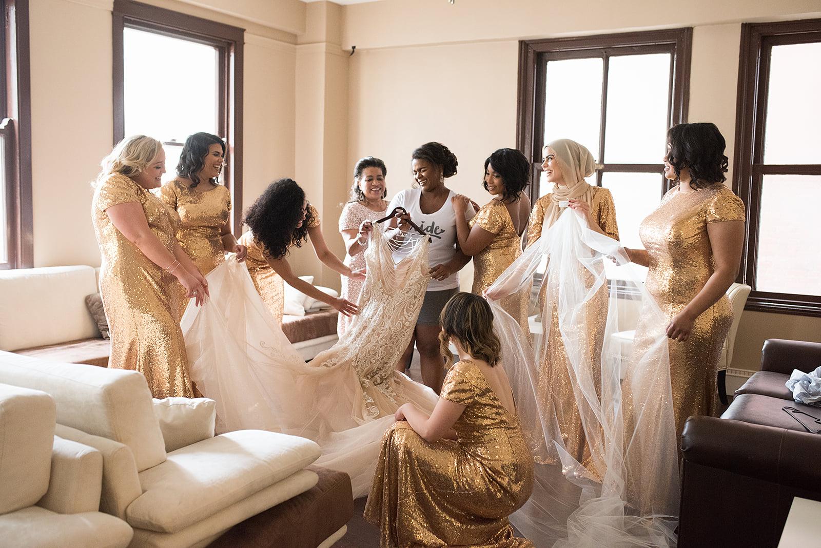 Bride & Bridesmaids Getting Ready