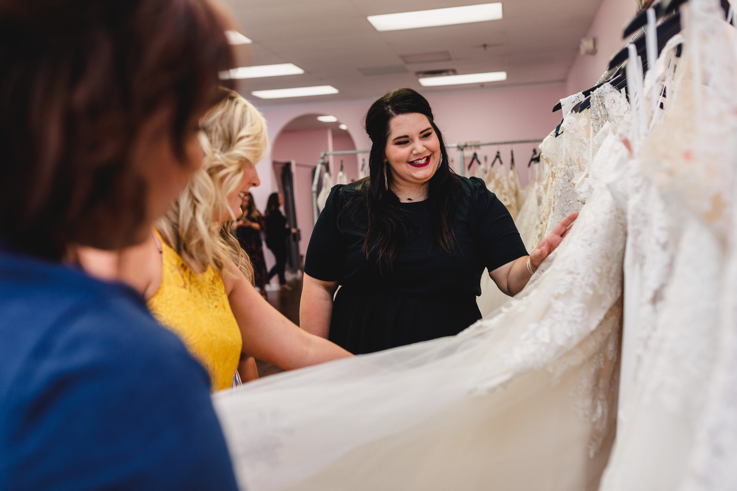 Stylist Helping Bride Shop - Kelsey Diane Photography