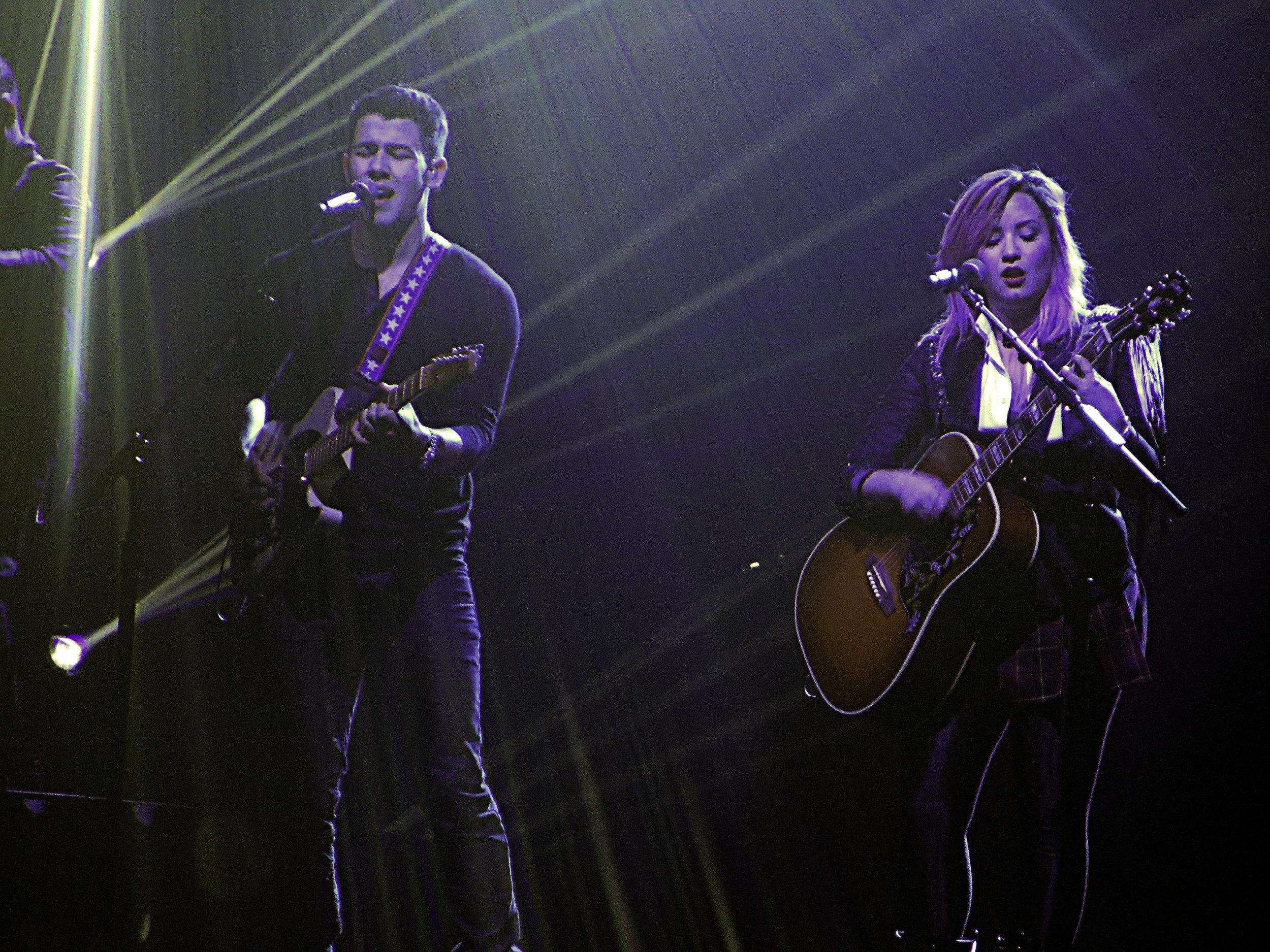 Nick Jonas & Demi Lovato