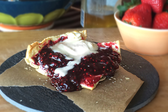 SKILLET BERRY PUFF PASTRY