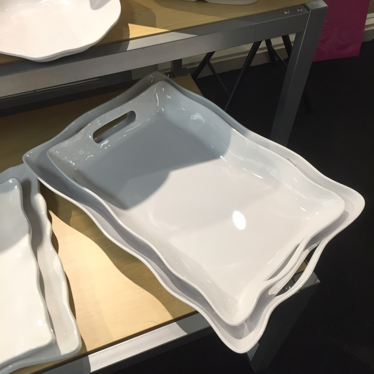 Q Squared NYC: RUFFLE LARGE RECTANGLE TRAY
