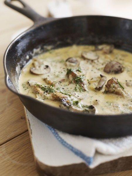 Mushroom, onion, and garlic cream sauce