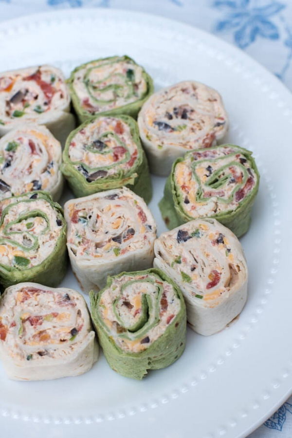 Southwest Chicken Tortilla Pinwheels