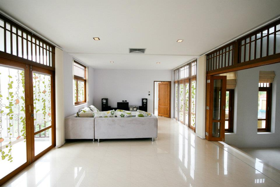 living-room-printed-window-shade.jpg