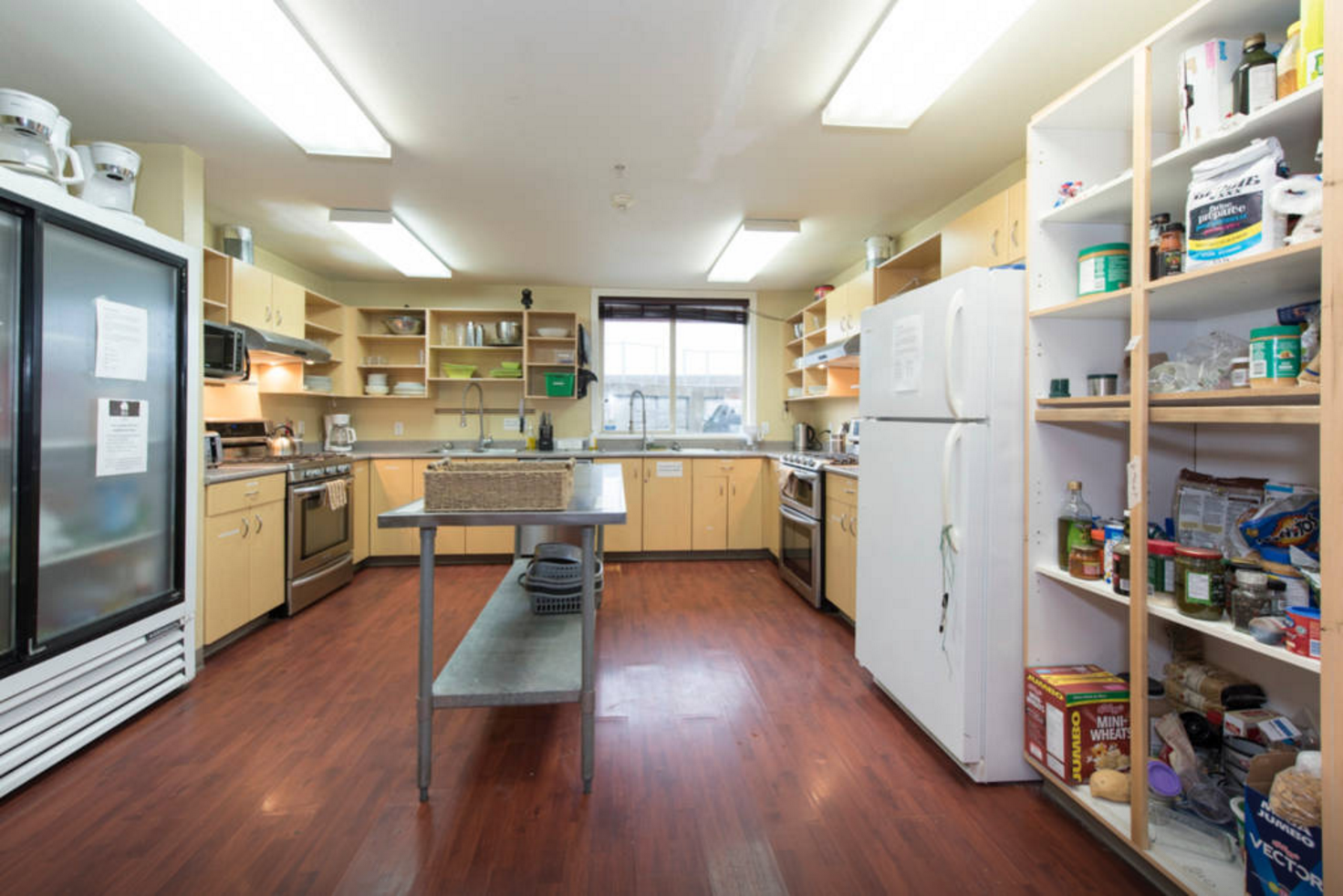 kitchen straight towards window - airbnb.png